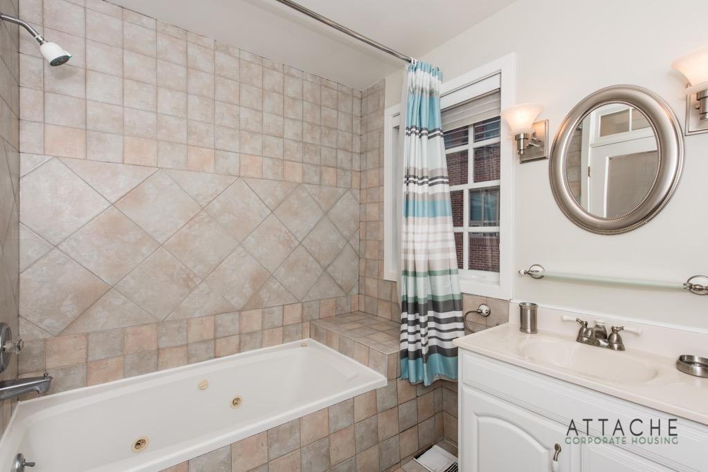 Corporate Housing Washington DC - Bathroom