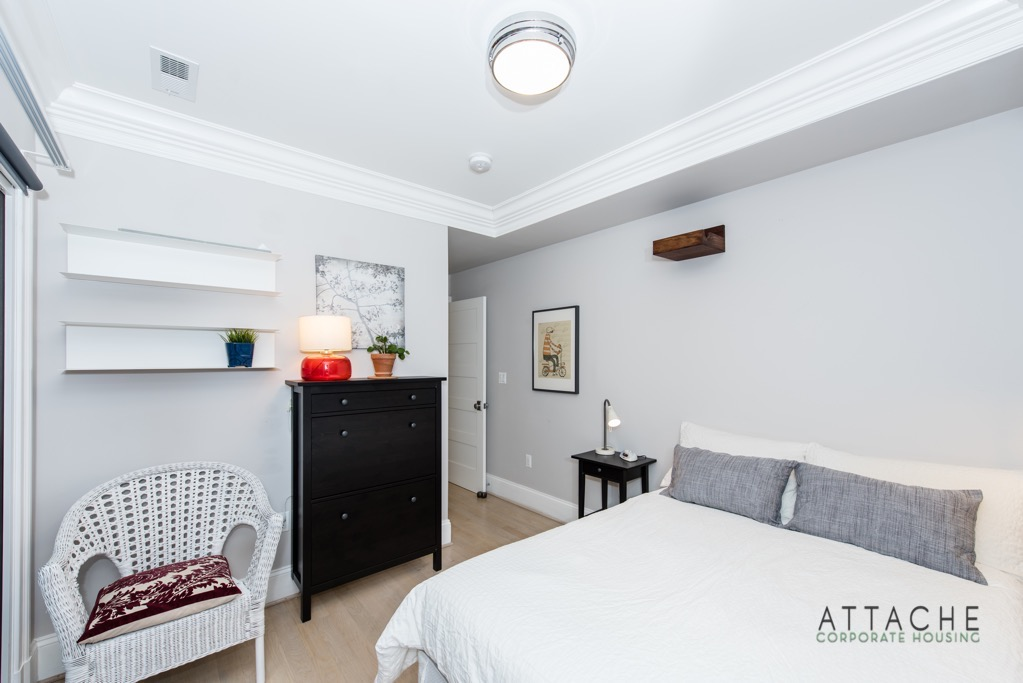 Furnished 2 bedroom
