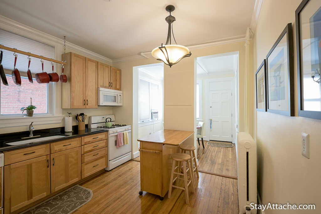 1 bedroom condo in Dupont townhouse
