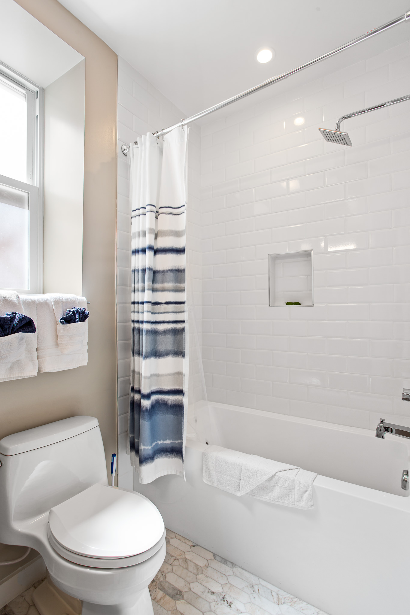 Furnished 3 Bedroom in Mount Pleasant