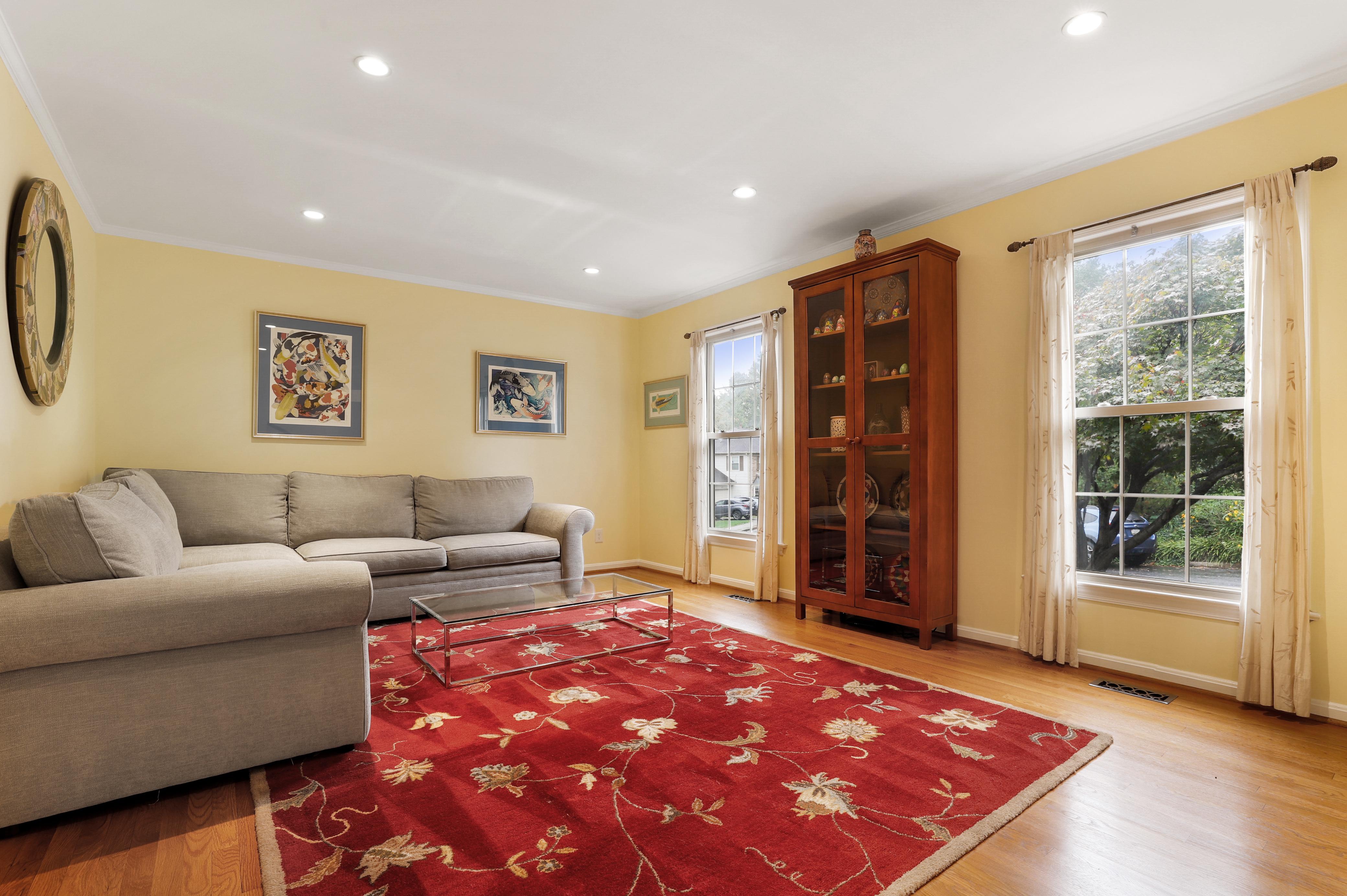 Furnished 4 Bedroom in Arlington